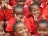 weltwaerts-afrika-kinder-daumen-hoch